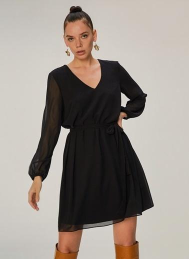 NGSTYLE V Yaka Şifon Elbise Siyah